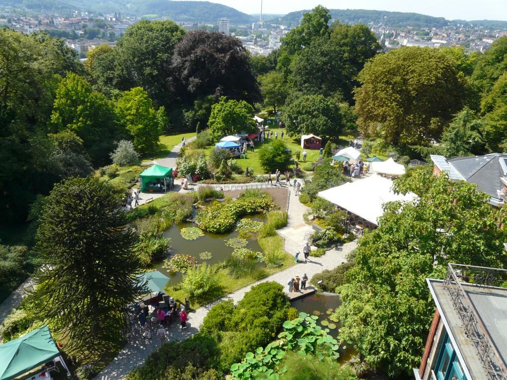 P2070784a Blick v. Elisenturm - Botan. Garten